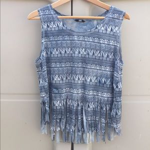 Isia tank top with fringe on bottom